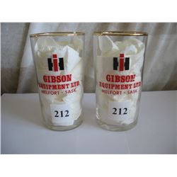 SET OF 2 GLASSES INTERNATIONAL HARVESTER ( GIBSON EQUIPMENT)   *MELFORT*