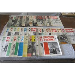 LOT OF 45 HUNTING AND FISHING MAGAZINES (CANADIAN) (1954 TO 1960)