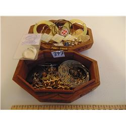 CARVED INLAID JEWELRY BOX WITH JEWELRY