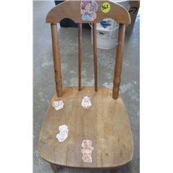 SMALL TODDLER CHAIR (WOOD) *VINTAGE*
