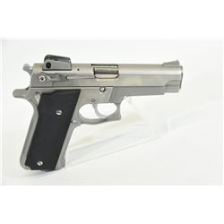 Smith & Wesson 659 Handgun
