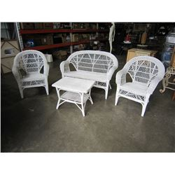 4 PIECE WHITE WICKER PATIO SET VINTAGE