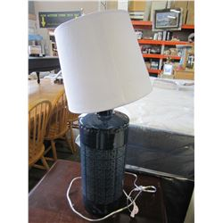 NEW BLUE PORCELAIN TABLE LAMP W/ SHADE