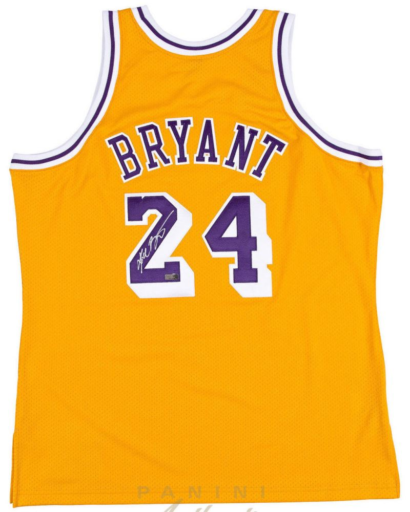 new style f2852 bf76d Kobe Bryant Signed 2008 Throwback Lakers Jersey (Panini ...