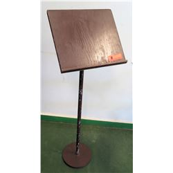 Wooden Presentation Stand (RM-205)