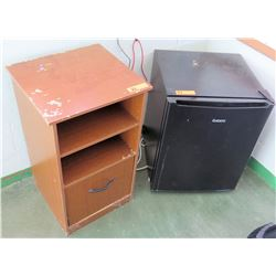 Wooden Shelf & Mini Refrigerator (RM-206)