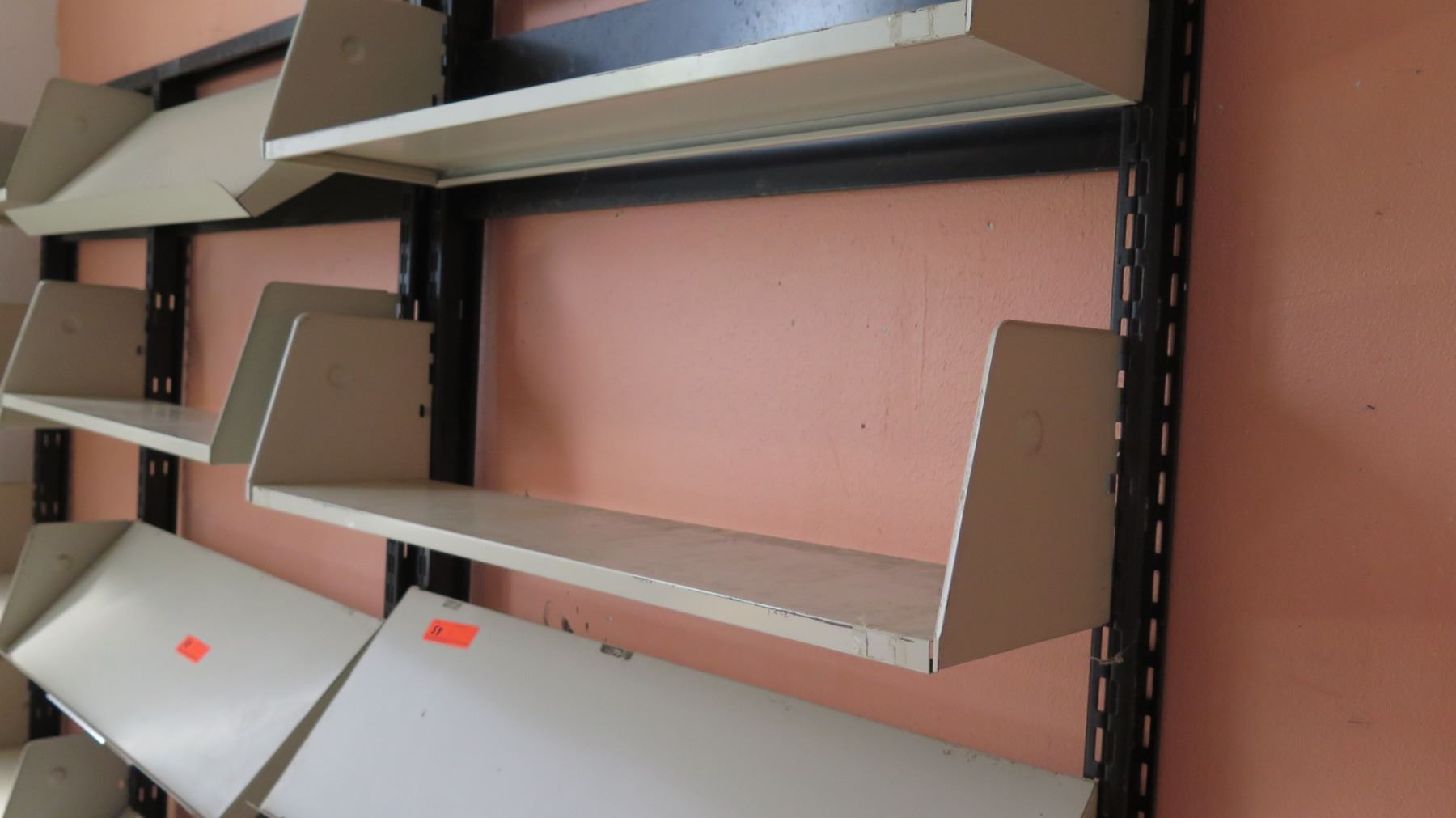 Wall Mounted Flat Slanted Adjustable Document Shelving Rm