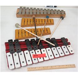 Qty 4 Xylophones & Qty 4 Mallets (RM-Music)