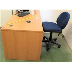 Wooden Desk & Rolling Office Chair (RM-114)