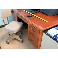Wooden Desk w/ Rolling Chair (RM-407C)
