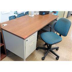 Wood & Metal Desk w/ Rolling Chair (RM-122)