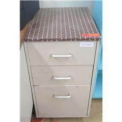 Metal 3-Drawer Cabinet (bottom drawer for files) (RM-122)