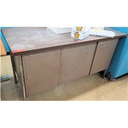 Wood and Metal Desk (RM-122)