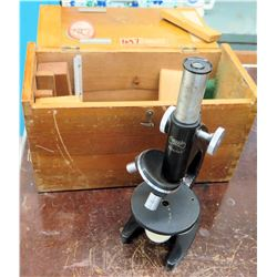 Yashima Microscope w/ Wooden Case (RM-122)