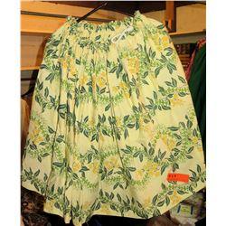 17 Hula Skirts, Lt. Yellow w/Green Lei & Yellow Flowers (RM-306)