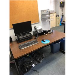 Wooden Desk w/ Rolling Chair (RM-501)