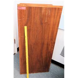 Wooden Podium (CONF.RM)