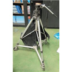Bogen 3036 Tripod w/ Wheels & Carrying Case (RM-204)