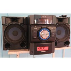 Sony Boom Box Stereo w/ Speakers (PRE-2)