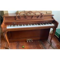 Antique Wooden Baldwin Piano (RM-Theater)