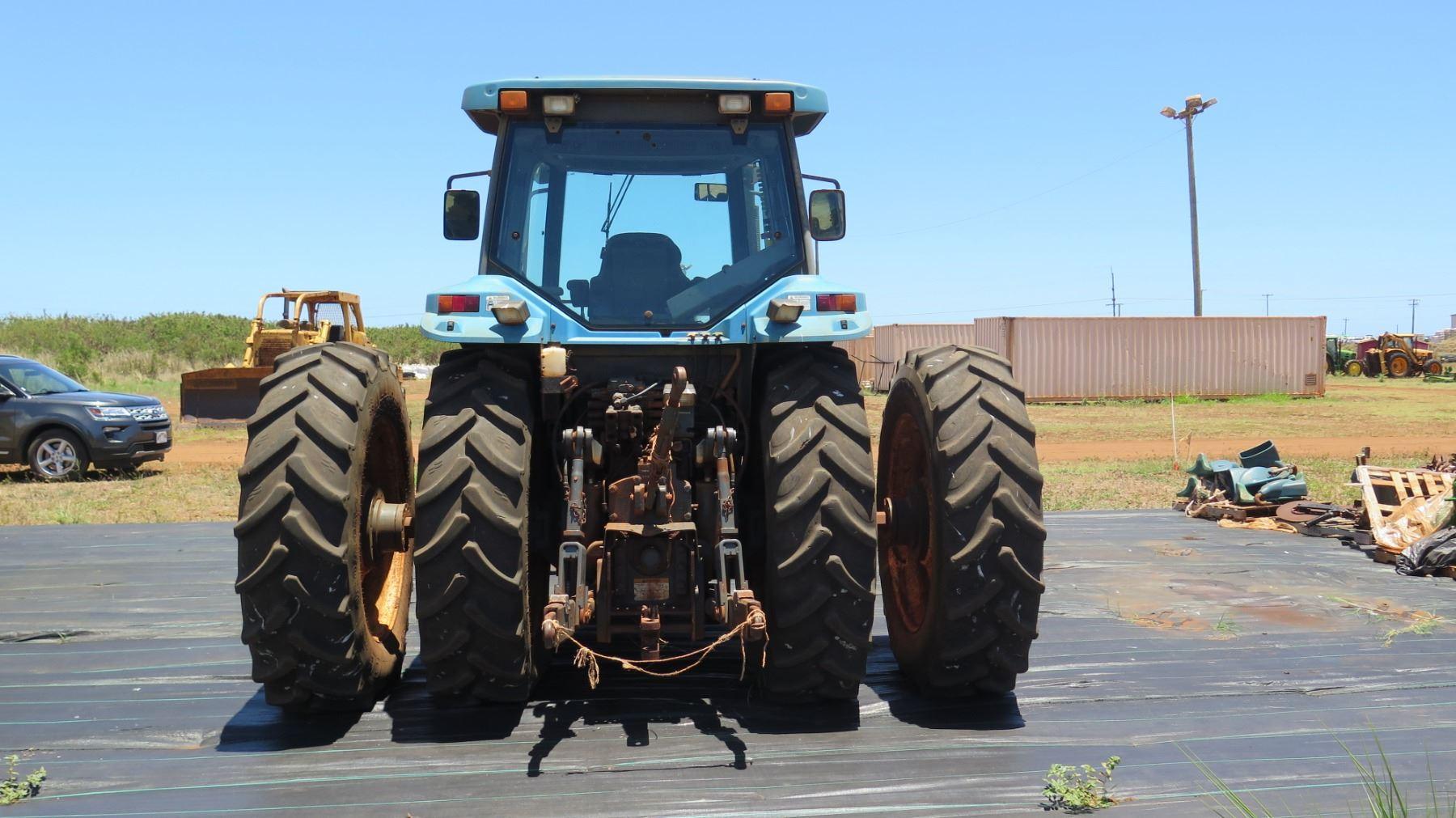 New Holland 8870 Tractor (engine starts & runs, transmission