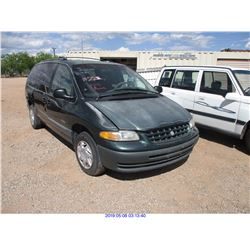 1999 - PLYMOUTH VOYAGER//SALVAGE TITLE
