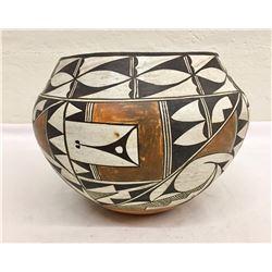 Mid-Century Acoma Pueblo Pot
