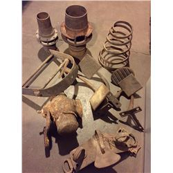 Numerous Antique Buggy Parts