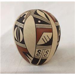 Fine Hopi Seed Pot - Dewakuku