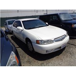 NISSAN ALTIMA 2001 SALV T/DONATION