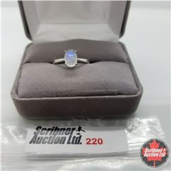 Ring - Size 7: Moonstone - Sterling Silver
