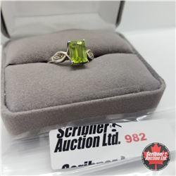 Ring - Size 8: Peridot Diamond - Sterling Silver