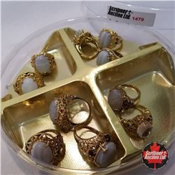 Jewellery Grouping: 10 Rings; Band Agate Gold Theme; Assorted Sizes