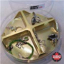 Jewellery Group: Light Green Theme: 3 Rings (Asst Size); 1 Bracelet; 4 Necklaces