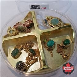 Jewellery Group: 11 Assorted Necklaces