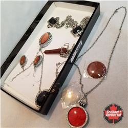 Jewellery Group: 6 Necklaces; 1 Pair Earrings