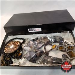 Jewellery Group: 6 necklaces; 1 Pair Earrings; 1 Ring (Size 8);