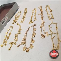 Jewellery Group: 9 Gold Anklets
