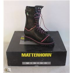"SZ 5 WOMEN'S MATTERHORN 10"" WATERPROOF INSULATED"
