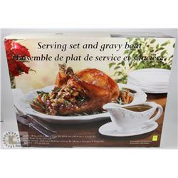 SERVING SET AND GRAVY BOAT