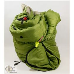 GREEN COLEMAN SLEEPING BAG - GENERAL,