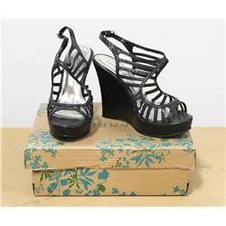 BAMBOO SIZE 10 BLACK LADIES SHOES,