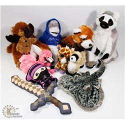 ESTATE BOX OF STUFFED ANIMALS