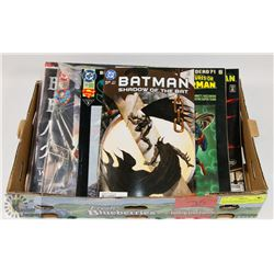 FLAT OF ASSORTED COMIC BOOKS INCLUDING BATMAN,