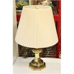 "VINTAGE BRASS TABLE LAMP 19"" TALL"