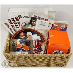 HOCKEY COLLECTABLES & MORE