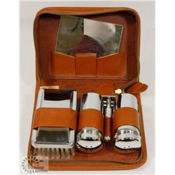VINTAGE MEN'S TRAVEL GROOMING
