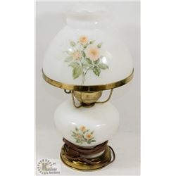 WHITE GLASS FLOWERED LAMP