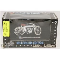 1:18 DIECAST 1909 TWIN 5D-TWIN HARLEY CHROME