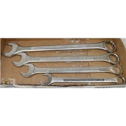 LARGE SET OF COMBINATION WRENCHES.